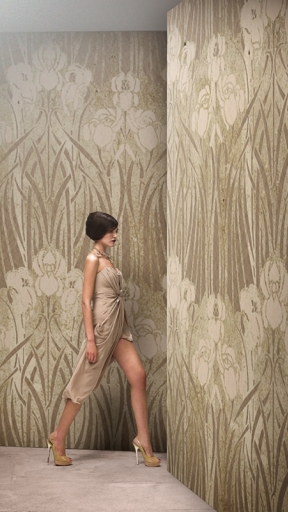 ROMANCE by Wall and Deco