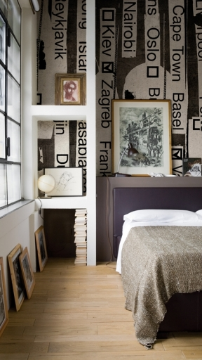 ROUND THE WORLD by Wall and Deco