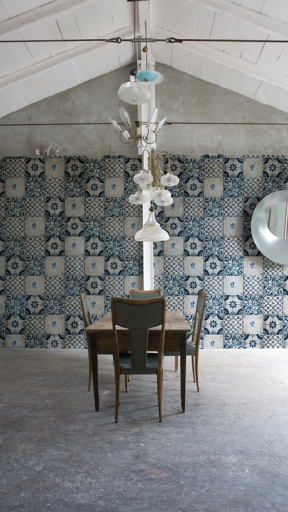AZUL by Wall and Deco
