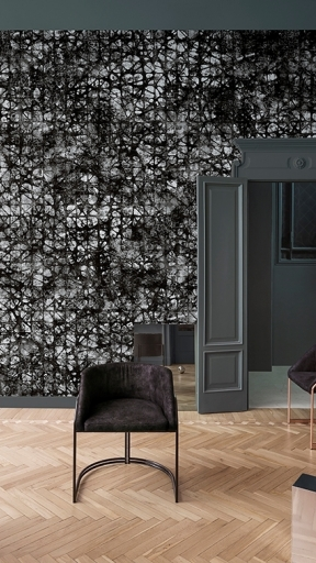 FEMME-FATALE by Wall and Deco