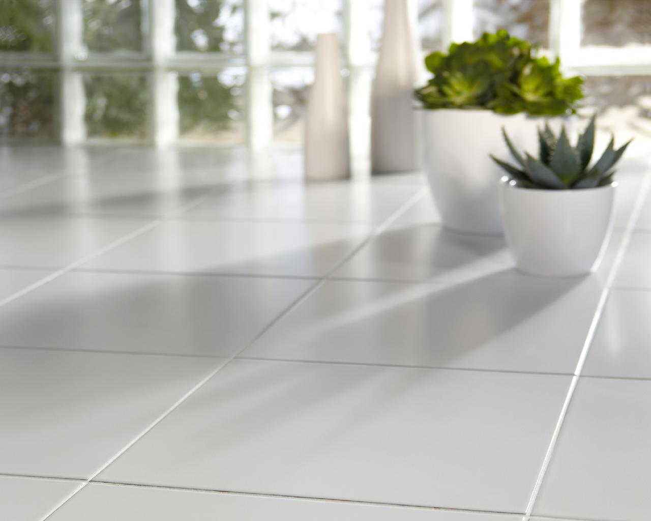 Plain white 20x20 Floor