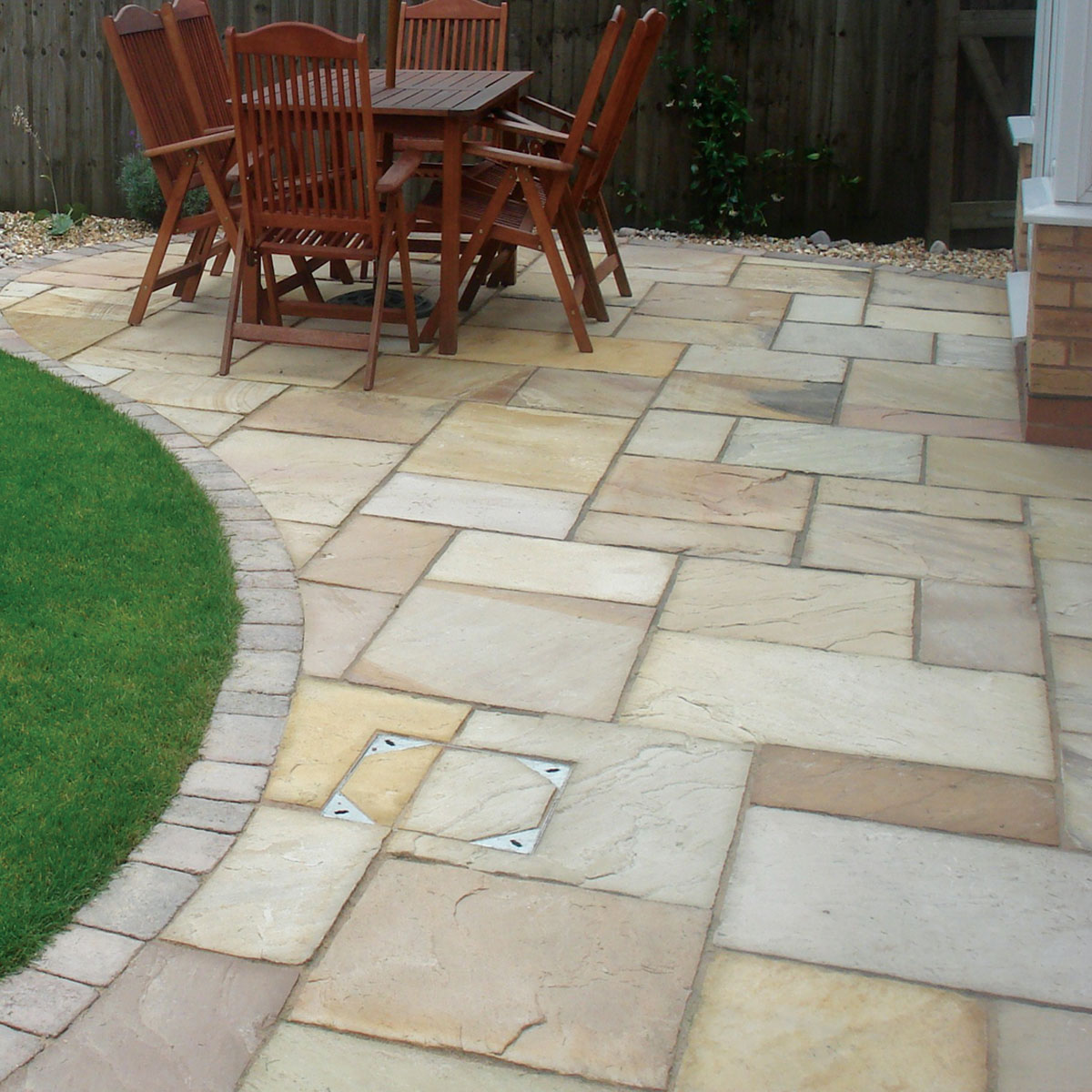 How to clean seal sandstone protect your sandstone for Garden decking and slabs